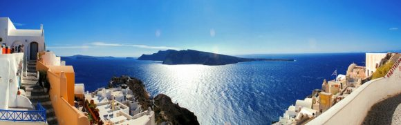 A thrilling private tour to Santorini Caldera and Akrotiri Excavations